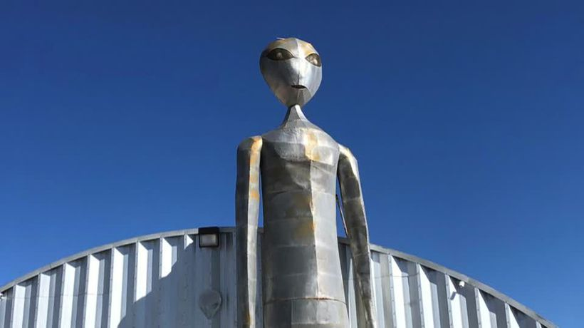 Tiny town near Area 51 braces for alien hunters
