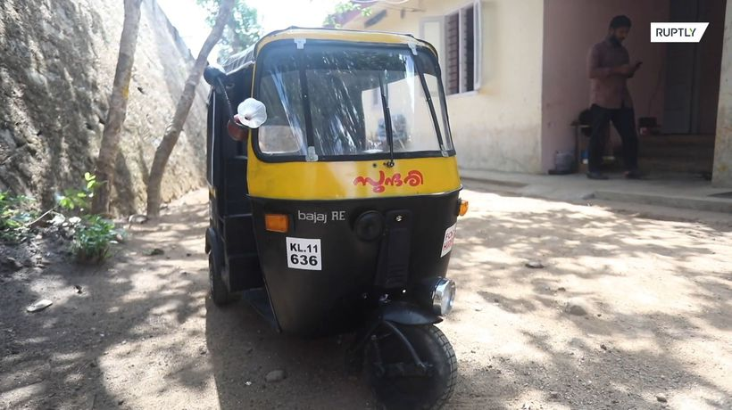 DIY better than pricey toy car: this Indian dad creates a mini auto rickshaw for his kids