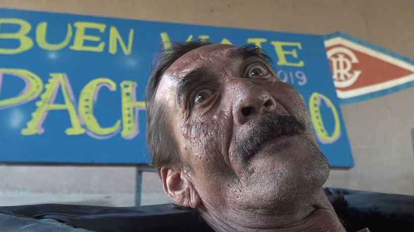 Man gets 'buried alive' in boozy Cuban tradition