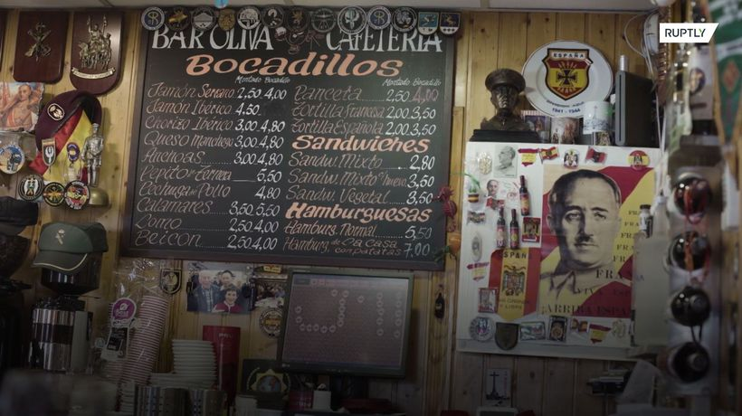 Chinese immigrant runs Franco-themed bar in Madrid