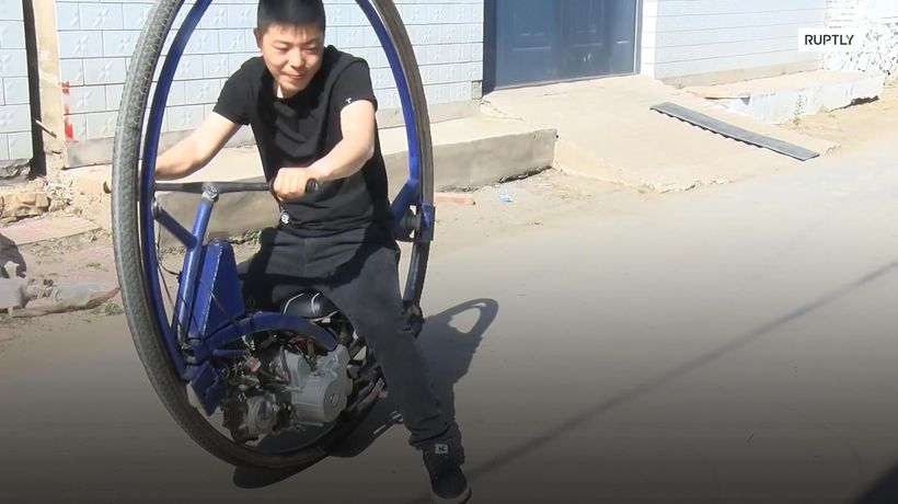 Chinese man builds DIY monocycle