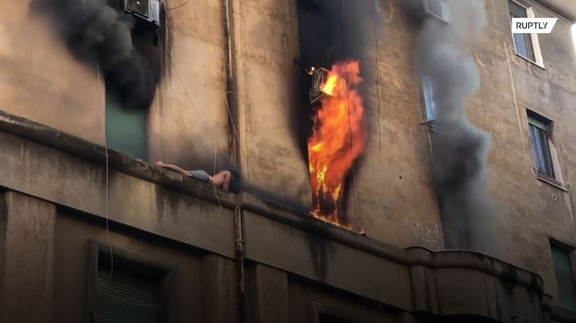 Half-naked Rome resident luckily escapes fire
