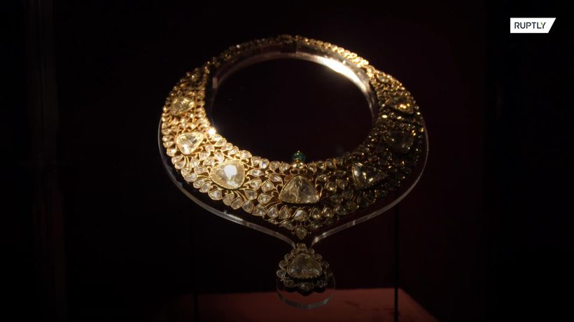Ruling family of Qatar auctions off Indian royal jewels and artefacts