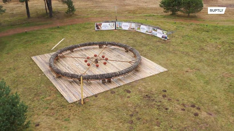 Shaman makes giant dreamcatcher to fulfil your wishes