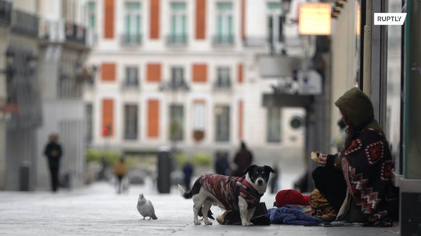 Rough sleepers adjust to life under COVID-19-enforced state of emergency