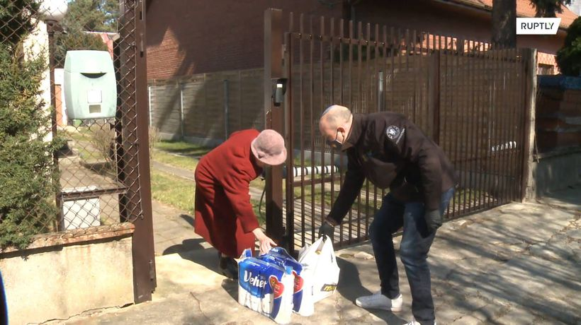 Jewish organisation delivers basic supplies to Poles who saved Jews during Holocaust amid COVID-19 i