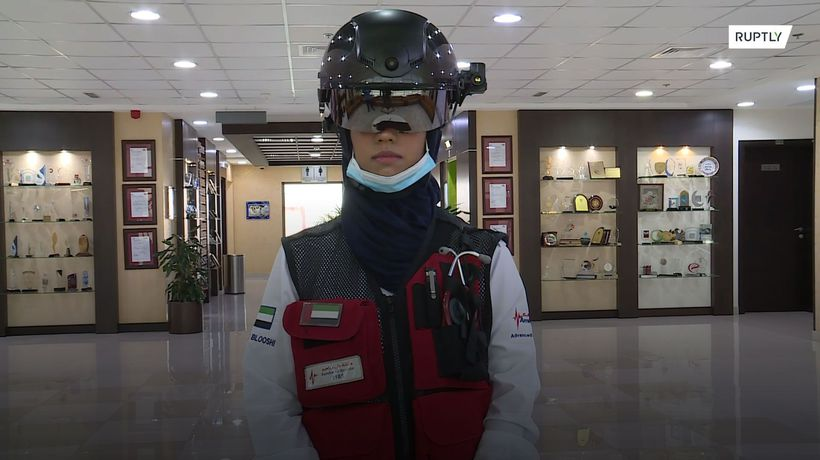 'Smart helmet' able to read temperatures from safe distance unveiled in Dubai