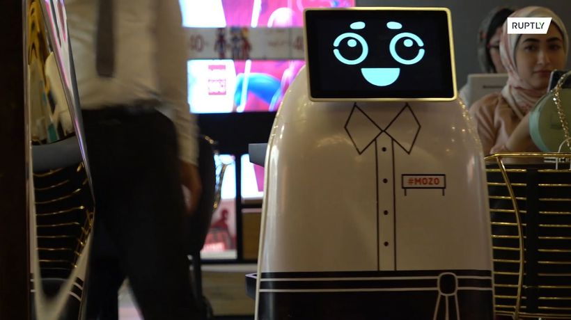 Egyptian restaurant hires adorable robot waiter to ease social distancing