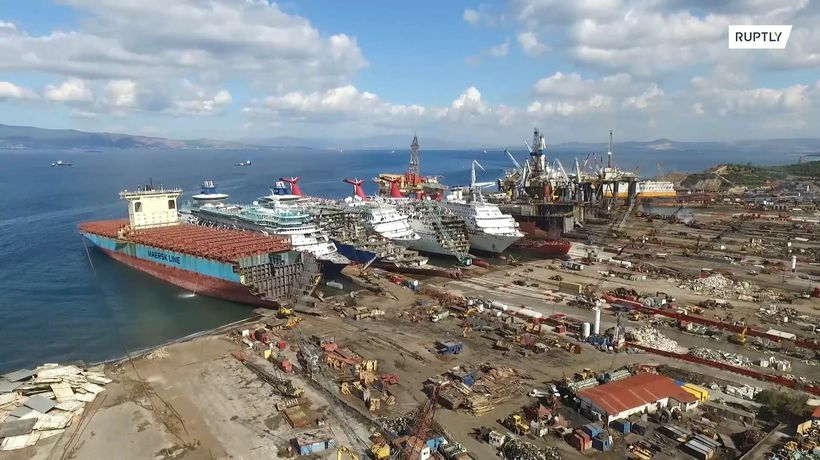 Cruise ships dismantled in Izmir due to pandemic-hit industry