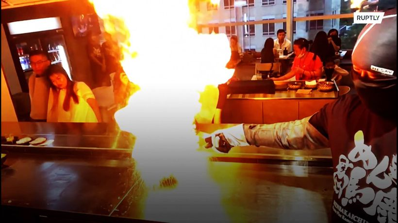 Great BOWLS of fire! Ramen restaurant sets customers' food ablaze