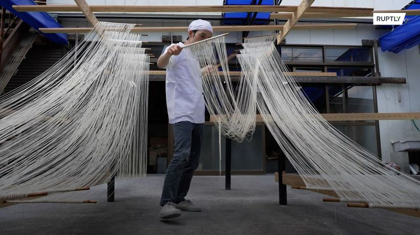 Stretching into the future: 10th-generation Japanese noodle maker keeps somen tradition alive
