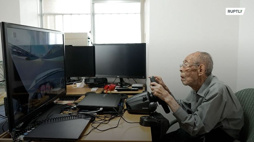 93-y/o Japanese ex-taxi driver becomes YouTube legend at racing games