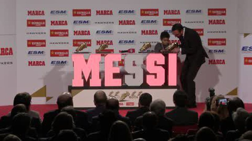 Messi receives Golden Shoe award for the fifth time