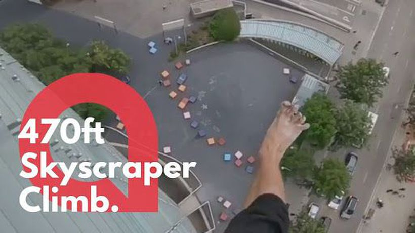 Daredevil films himself climbing a 470-foot skyscraper - completely barefoot