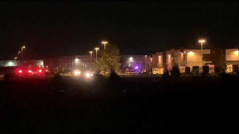 Eight people shot dead at Indianapolis FedEx facility
