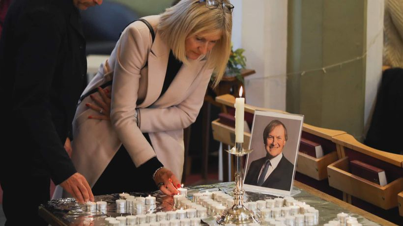 Outpouring of tributes continues for slain British MP David Amess