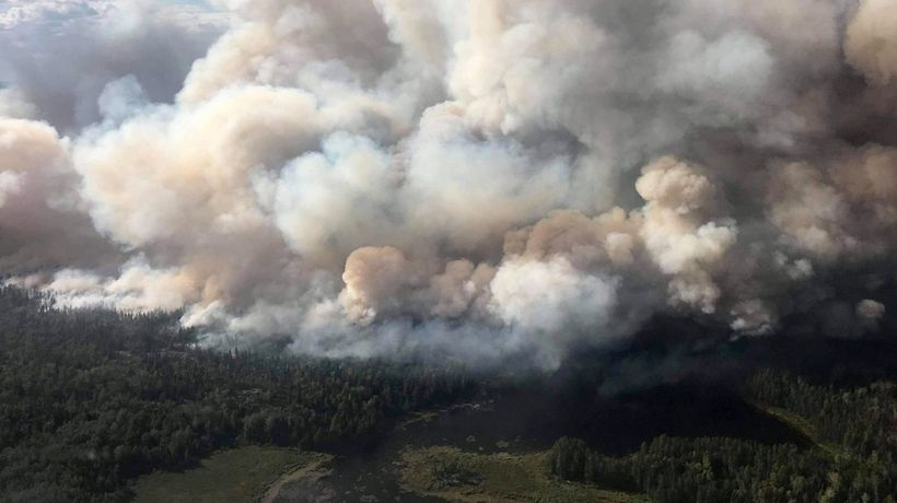 Forest fire forces evacuation orders in Red Lake, Ont.