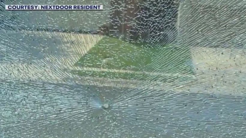 Woman struck, vehicles hit by BB gunshots in South Austin neighborhood, says resident