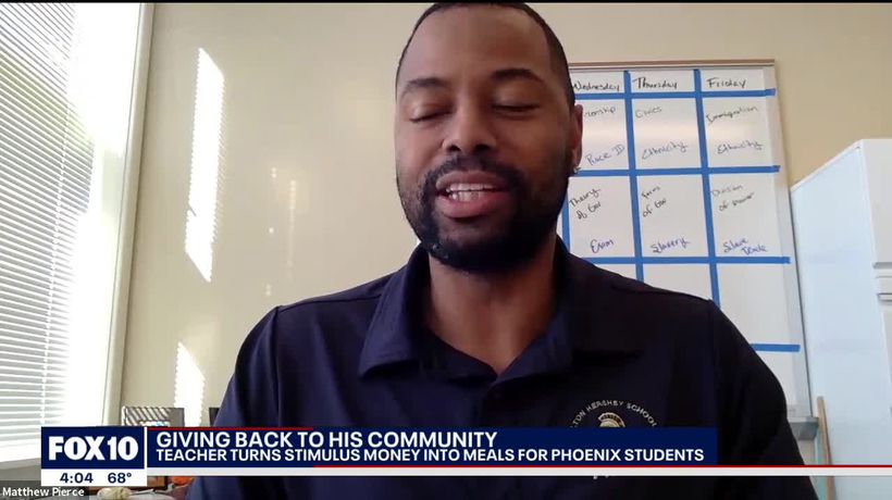Phoenix native buys gift cards with stimulus money for his students
