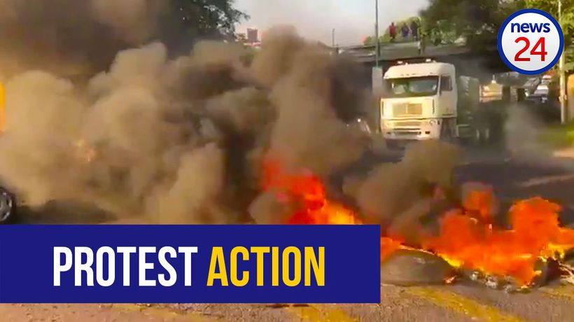 WATCH: Pretoria West streets gridlocked as residents burn tyres and block roads