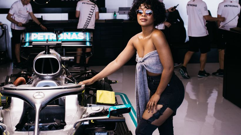 Nomzamo is in Dubai and hoping that this hot F1 driver wins