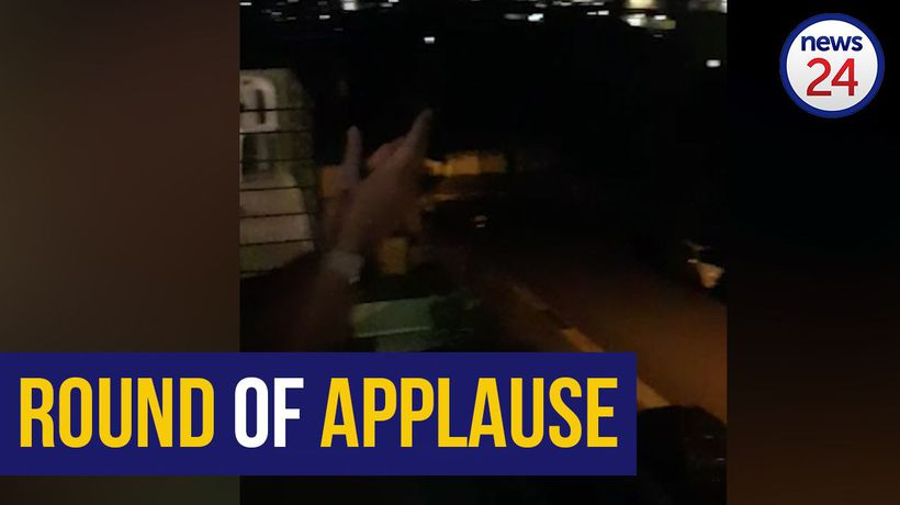 WATCH | Cape Town residents applaud frontline workers from their balconies
