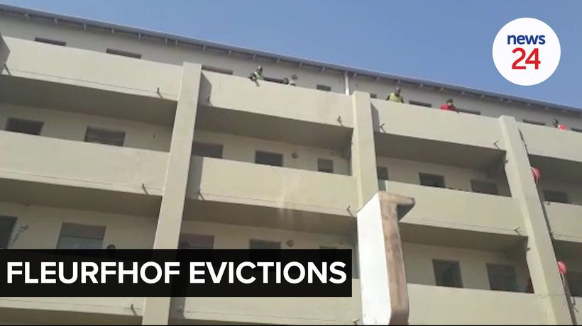 WATCH | Red Ants evict scores of people who illegally invaded government flats in Fleurfhof
