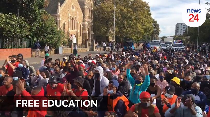 WATCH | Protesting UCT students occupy Kramer building on campus, demand free education