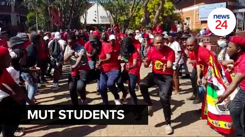 WATCH | MUT students block university entrance as they protest against financial exclusions