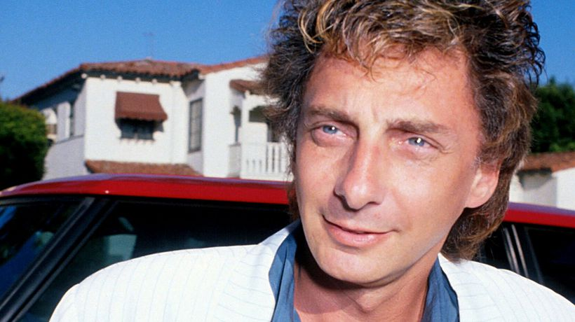 The Changing Face Of Barry Manilow