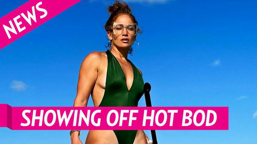 Jennifer Lopez Shows Off Body In Sexy Green One-piece Swimsuit