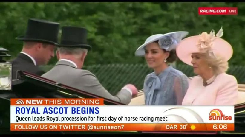 Queen leads procession at Royal Ascot