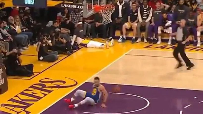 Steph Curry slips on dunk and then air-balls a three