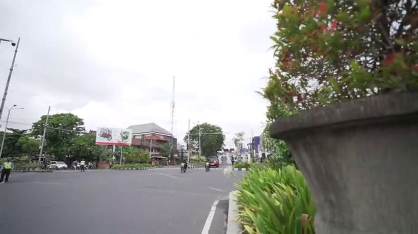 Bali streets sprayed with disinfectant as people told to stay home