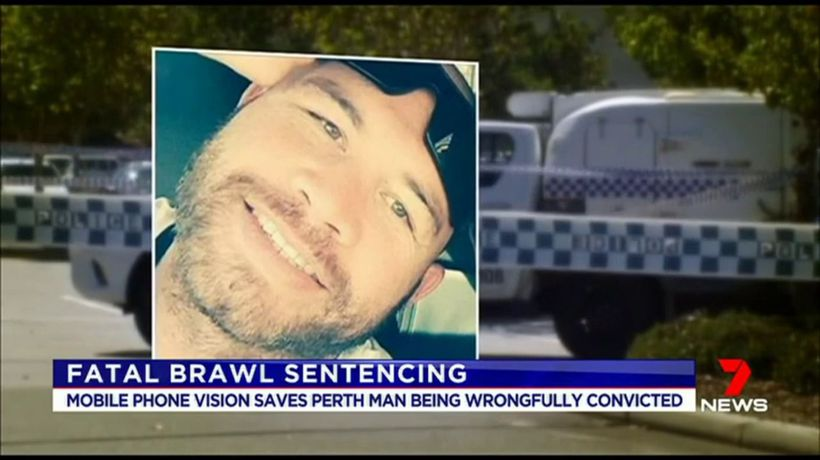 Mobile phone vision saves man life sentence
