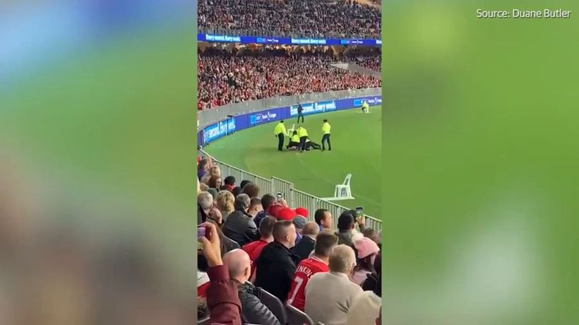Man tackled by security at Optus Stadium