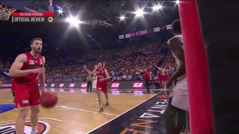 Perth Wildcats' fans vile taunt to Hawks import