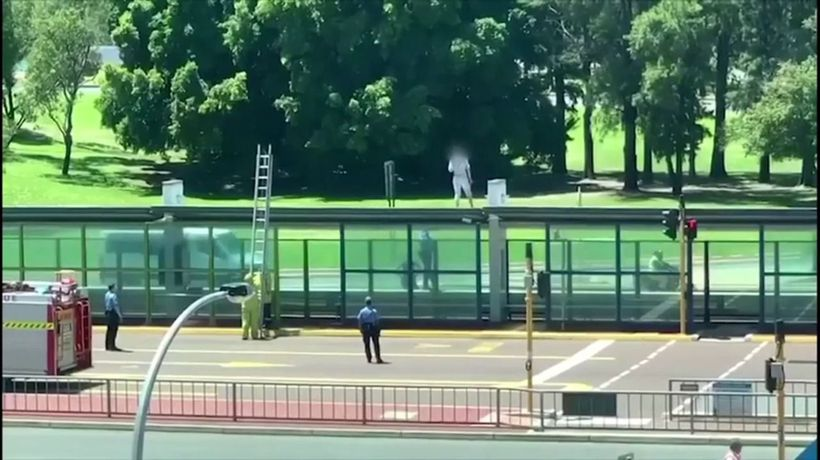 Standoff at Victoria Park bus shelter