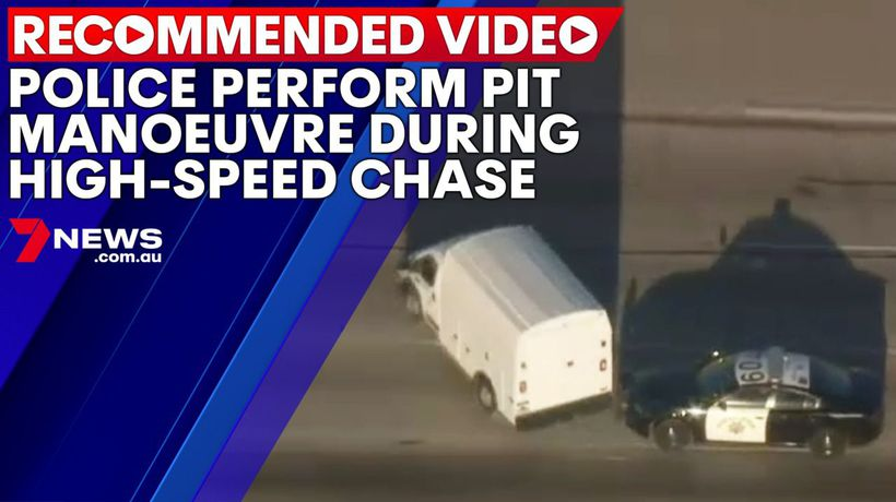 Police perform PIT manoeuvre during high-speed chase