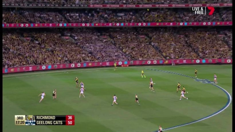 Dustin Martin scores in front of an empty goal
