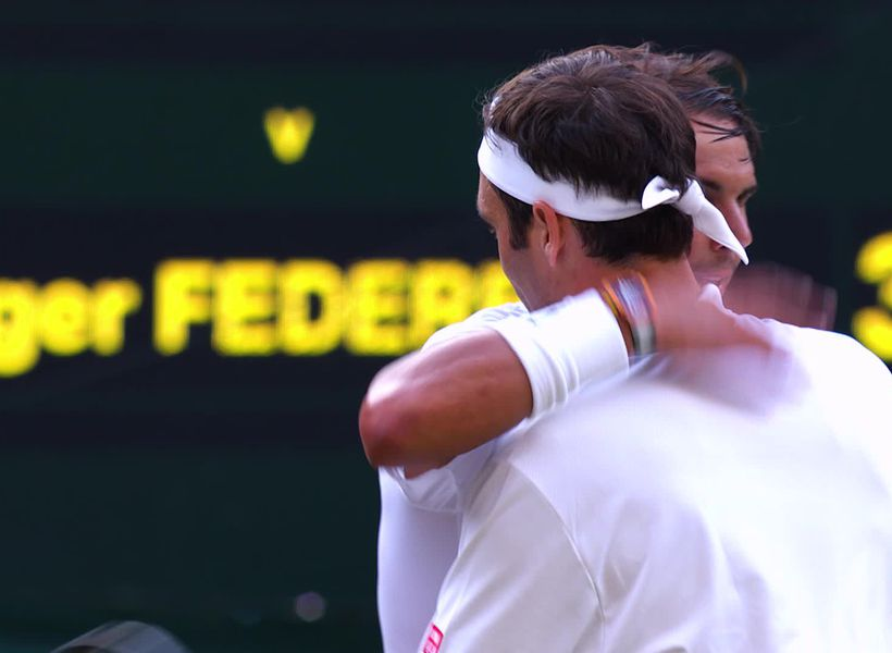 Federer and Djokovic battle to take their places in Wimbledon final