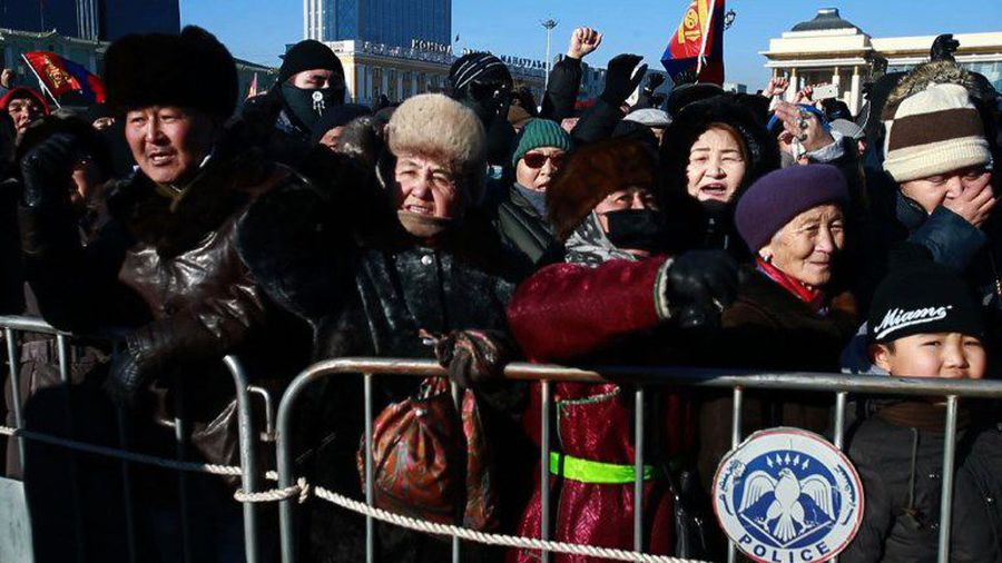 Mongolians bring yurts to second graft protest