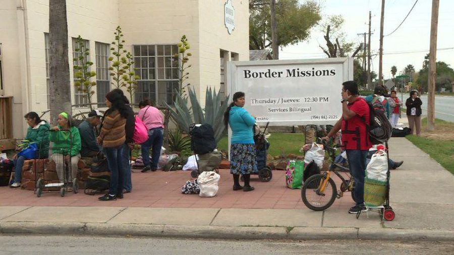 Residents along US southern border react to Trump's wall
