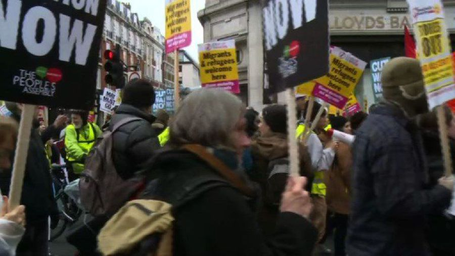 Protesters clad in yellow vests take to London streets