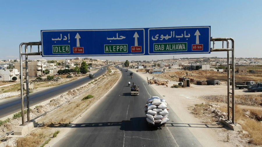 Displaced people flee Idlib as the offensive on the region continues