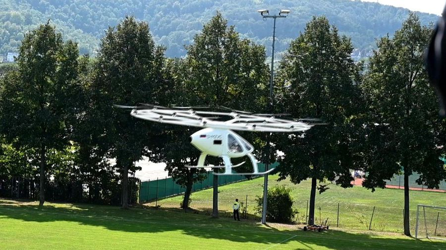 """German """"flying taxi"""" VoloCity takes off in Stuttgart"""