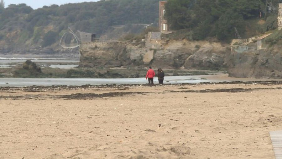 Cocaine fortune hunters attracted to French Atlantic beaches