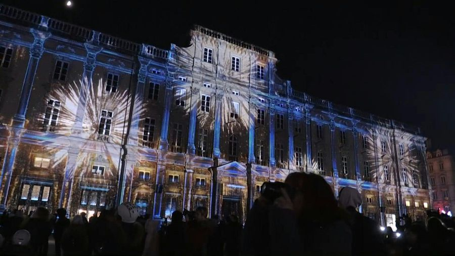 Festival of lights begins in Lyon