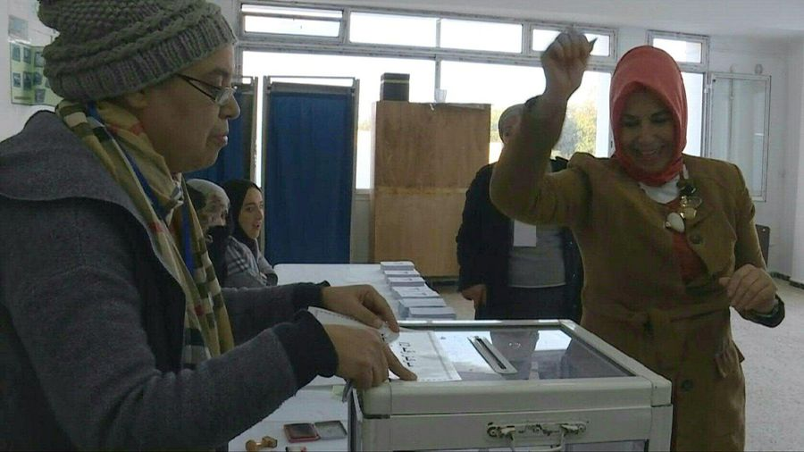 Algerians vote in the presidential elections