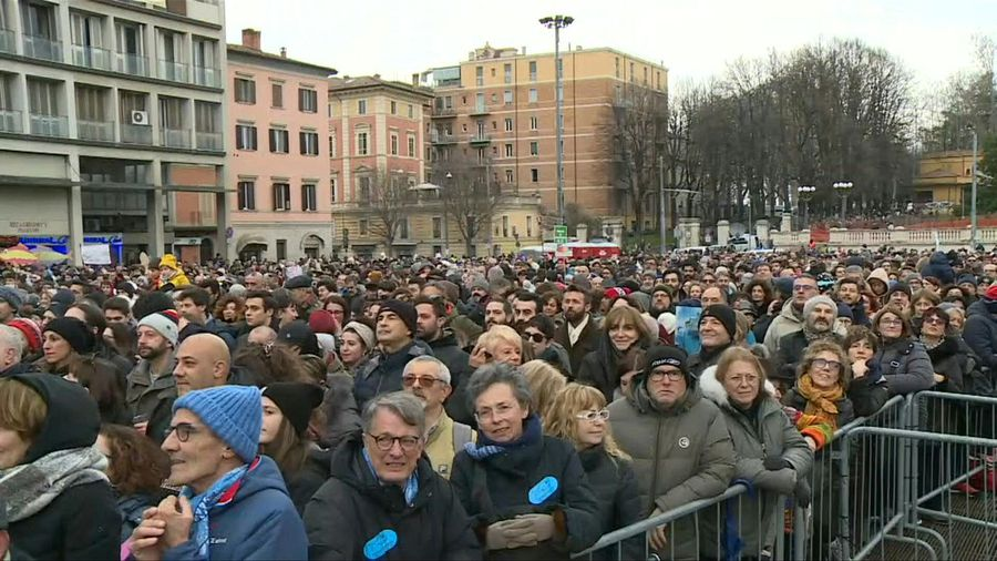 Sardines movement rally in Bologna ahead of regional elections (2)